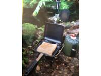 Camping toastie maker