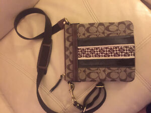 Lovely Authentic Coach Cross Body Bag
