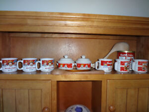 10 Piece Vintage Campbell's Soup Set