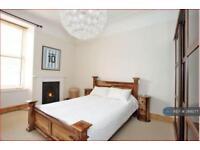 2 bedroom flat in Crown Street, Aberdeen, AB11 (2 bed)
