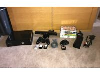 **Xbox 360 Slim 250GB - Kinect - Controller - 7 Games**