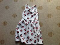 Girls dress with Minnie Mouse print age 8-10years