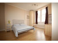 Large double room in city centre flat available 14th - 31st August