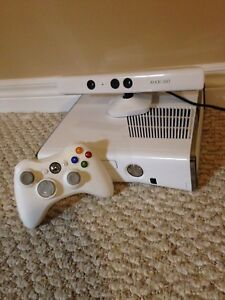 Xbox 360 with controller, Kinect and 9 games