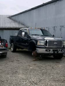 Parting out 2006 ford f250 diesel