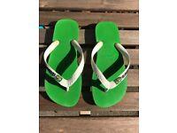 Havaianas of Brazil Girls flip Flops, Size 6.5 UK