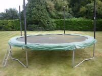 Trampoline - 14ft Jumpking with padding