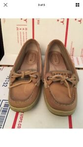 Women's sperry anglerfish boat shoes 5.5