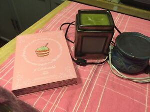 Scentsy pot and wax