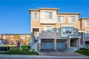 3 +1 Spacious Townhouse Whole House For Rent Brampton!