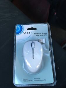 Wireless Mouse w/ 5 buttons