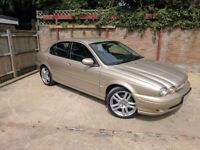 Jaguar X-Type 2.5 V6 Sport (AWD) 4dr 2004 (04 reg), Saloon