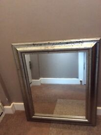 Wall Mounted Mirror *SUPERB VALUE*