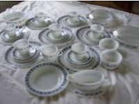 PYREX DINNER SET LARGE COLLECTION