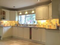 Complete kitchen units.