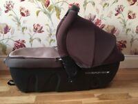Jane Transporter 2 Carrycot/Car Seat.