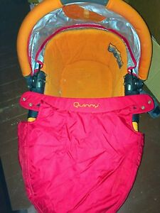 Quinny bassinet
