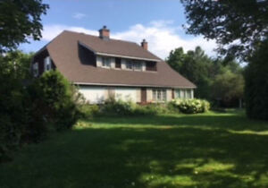 Selling Hudson QC House by Auction September 15 at 4:00 P.M.