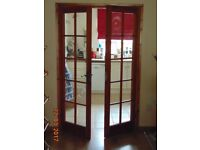 SOLID PINE 2 X 10 GLASS PANE VARNISHED DOORS WITH BRASS STYLE HANDLES & HINGES