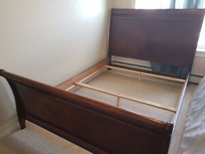 Sleigh bed (with headboard & footboard) - No mattress