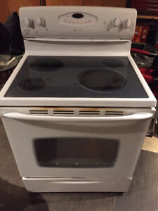 2009 Maytag Oven