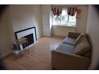 Two bedroom flat available to rent in the heart of Selly Oak.
