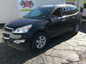 2010 Chevrolet Traverse 1LT., Automatic, Third Row Seating, AWD