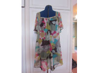 Accessorise beach cover-up Size 12 Excellent conditon