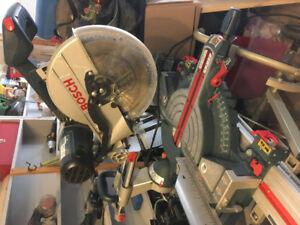 "12"" Bosch Sliding Compound Mitre Saw W/Gravity Stand"