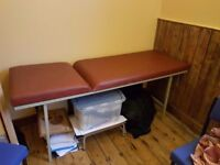 Medical table. Very good condition.