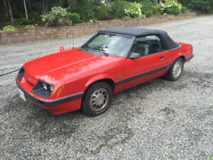 1985 Ford Mustang GT 5.0 Convertible