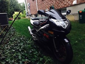 2003 gsxr 600 37k 3300$ obo negotiable