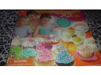 Cupcake maker brand new.