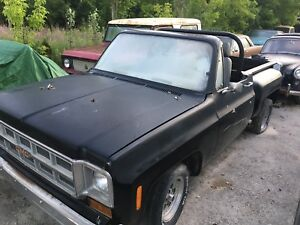 1986 s10 truck and 1977 s10