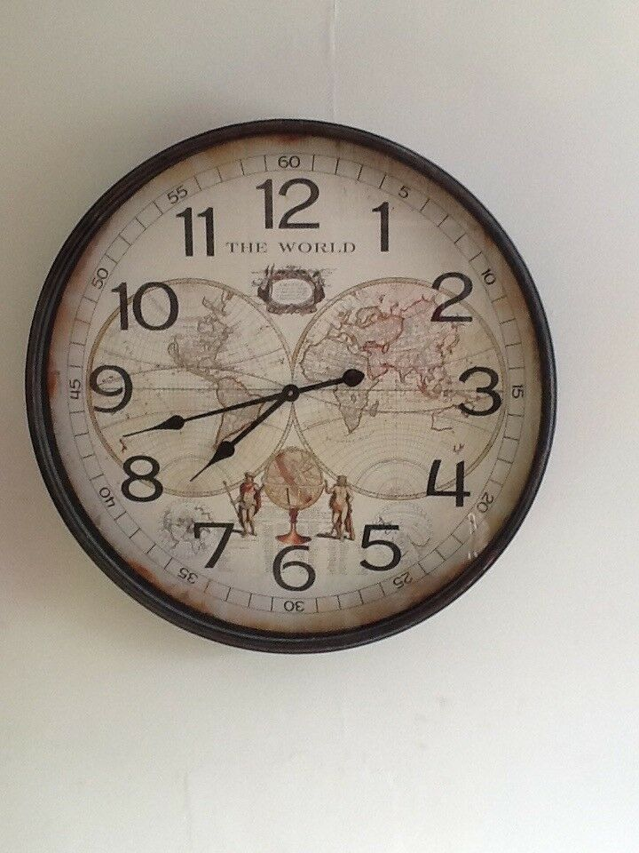 Wall clockin Mayfield, MidlothianGumtree - Very large and heave wall clock. Battery operated. Cost me £120 from TKmax 6months ago. £60ono