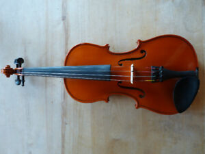 Basic Euro 3/4 size Violin with full set up