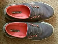 Skechers trainers size 6.5