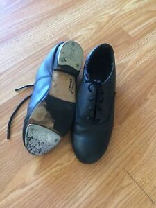 Step dancing shoes