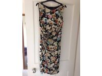 Beautiful Floral Dress Size 12 - Phase Eight