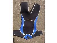 Wetsuit size 7-9years