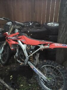 2006 crf250r part out