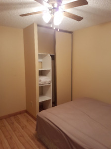 Female Roommate wanted *Avail Oct 1