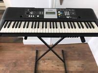 Yamaha E223 Keyboard