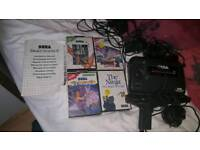 Sega Master System + 4 games, 2 controllers, light gun,