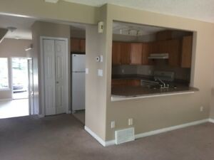 Townhouse in Heritage Lakes St. Albert - 3 Bedroom Townhome...