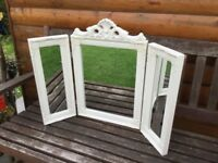 A WHITE SHABBY CHIC STYLE ORNATE TRIPLE DRESSING TABLE MIRROR