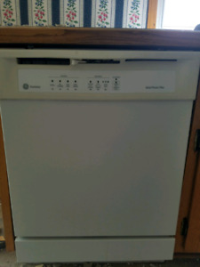 DISHWASHER IN PERFECT CONDITION