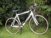 raleigh 100 airlite,21.5 in frame,lightweight racing bike,new tyres,lovely bike
