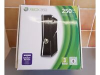 XBOX 360 S 250GB Console Kinect Ready (Controllers x2 + Microphones x2)