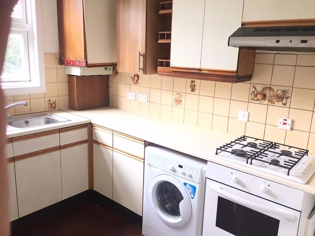 2 bedroom property to rent in london dss welcome. 2 bedroom house for rent goodmayes, ilford, dss welcome (with garden and garage property to in london